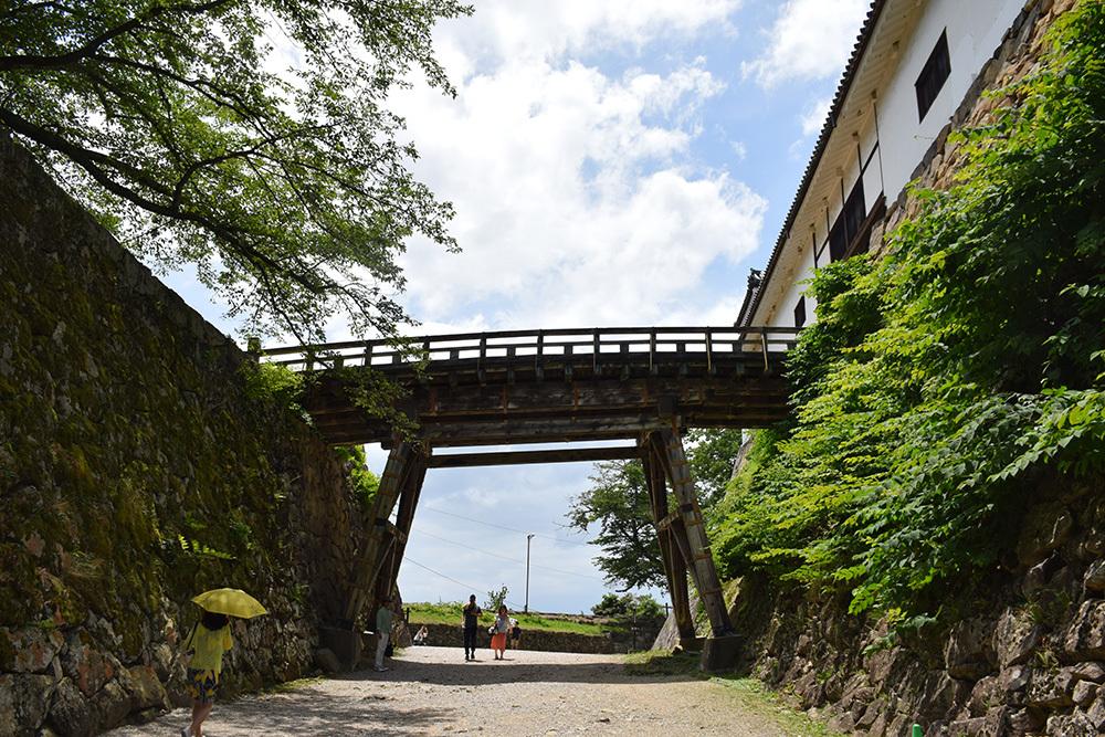 国宝・彦根城を歩く。 その2 <天秤櫓>_e0158128_15514063.jpg