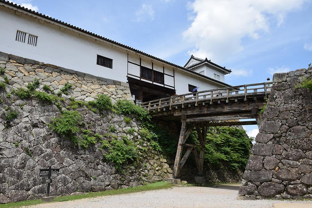 国宝・彦根城を歩く。 その2 <天秤櫓>_e0158128_15555845.jpg
