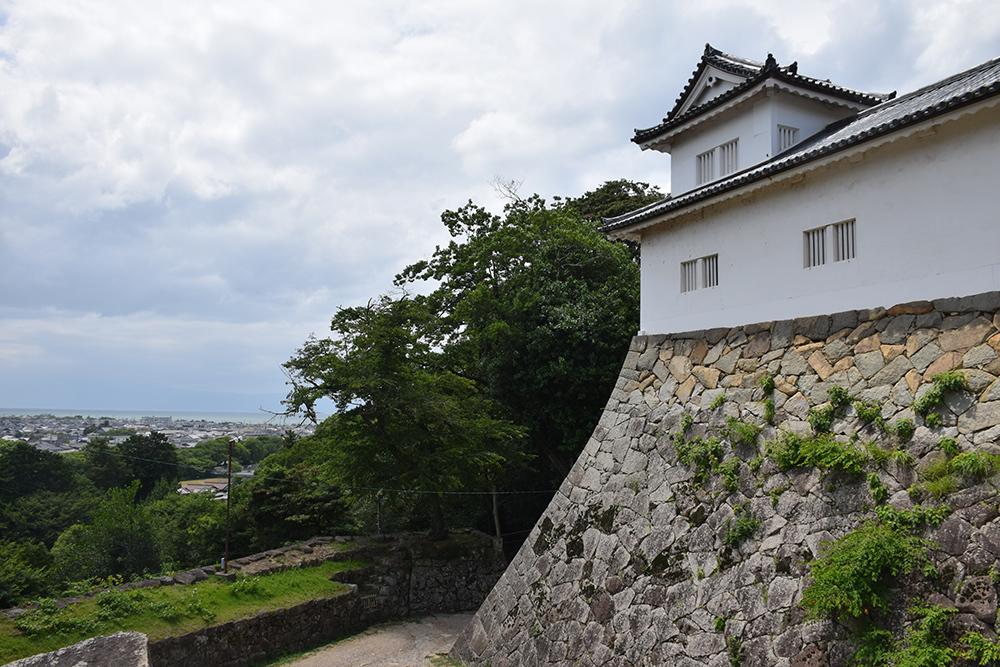 国宝・彦根城を歩く。 その2 <天秤櫓>_e0158128_16095298.jpg