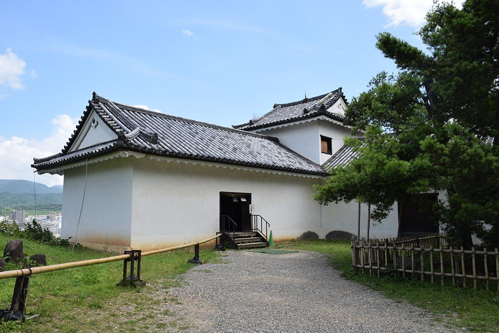 国宝・彦根城を歩く。 その2 <天秤櫓>_e0158128_16134438.jpg
