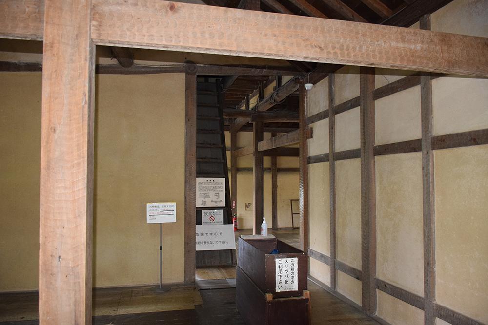 国宝・彦根城を歩く。 その2 <天秤櫓>_e0158128_16150009.jpg
