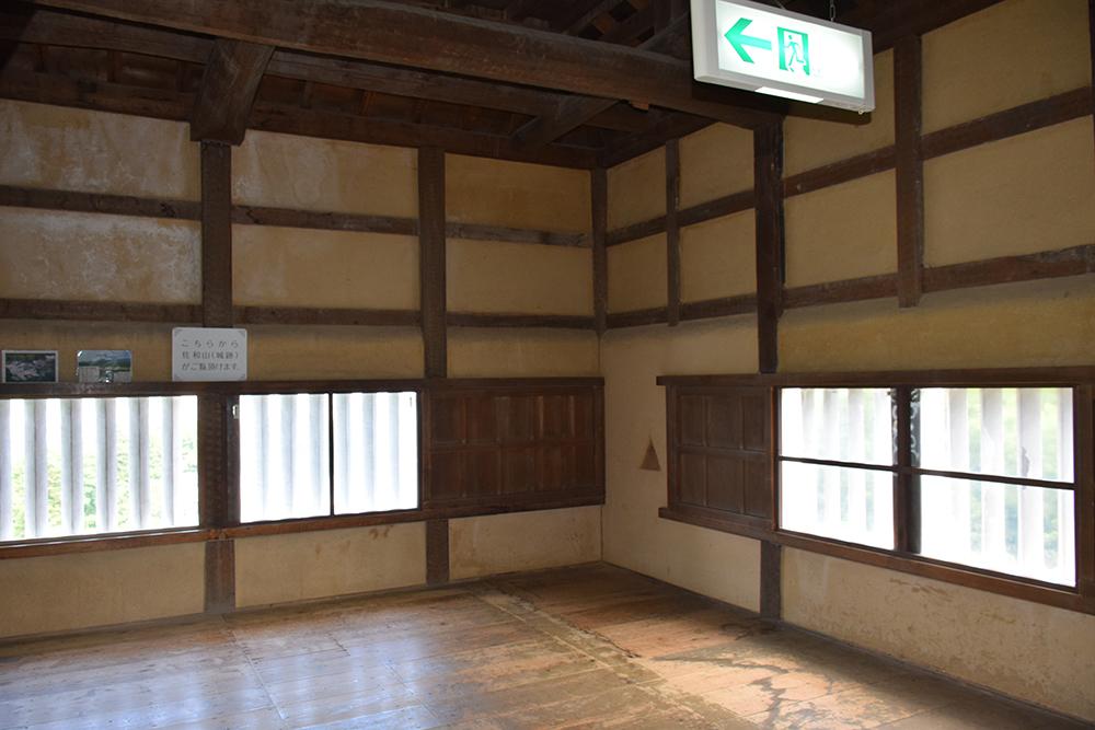 国宝・彦根城を歩く。 その2 <天秤櫓>_e0158128_16211079.jpg