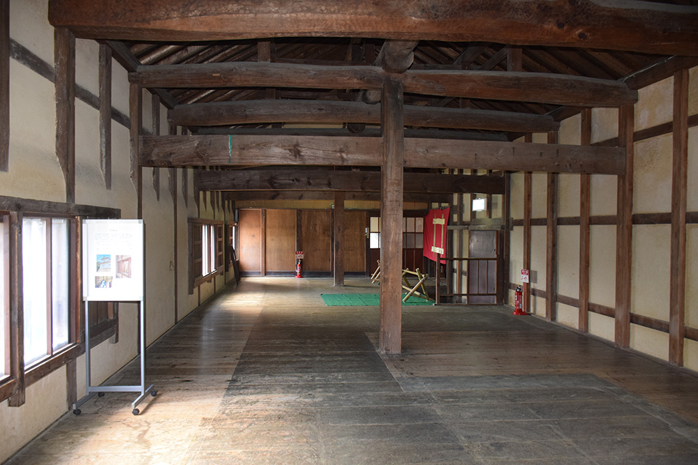 国宝・彦根城を歩く。 その2 <天秤櫓>_e0158128_16211244.jpg