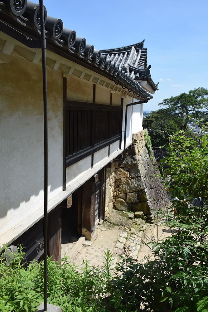 国宝・彦根城を歩く。 その3 <太鼓丸~太鼓門櫓~本丸>_e0158128_16410733.jpg