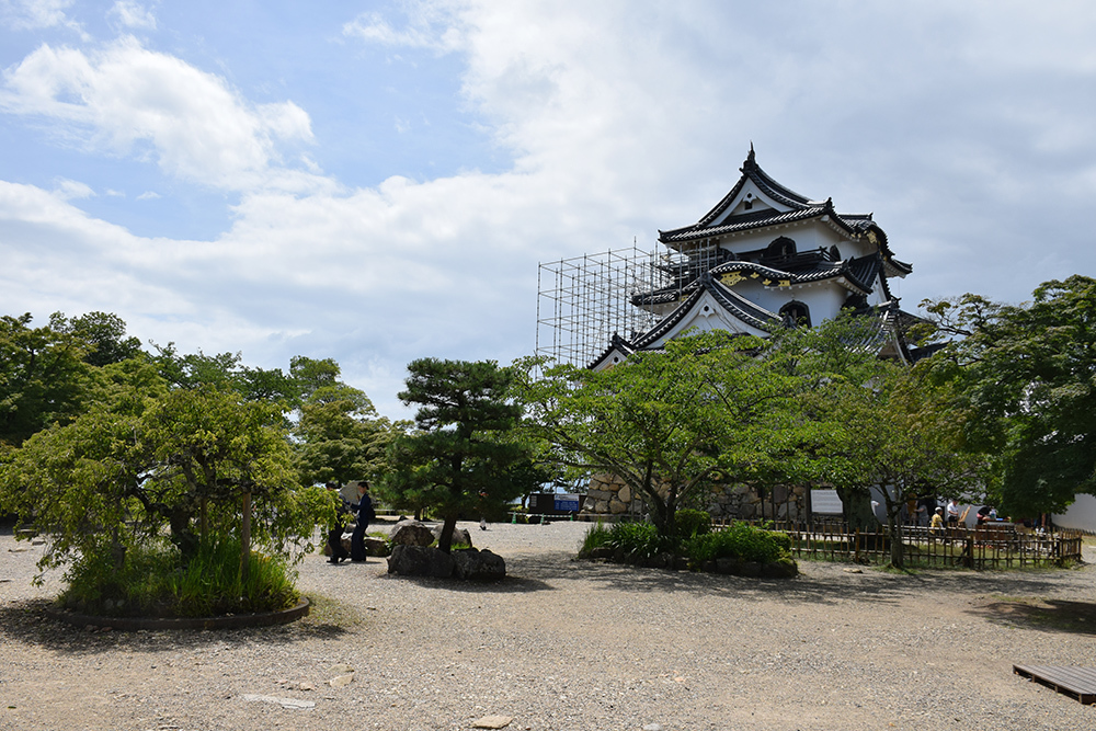 国宝・彦根城を歩く。 その3 <太鼓丸~太鼓門櫓~本丸>_e0158128_16443552.jpg