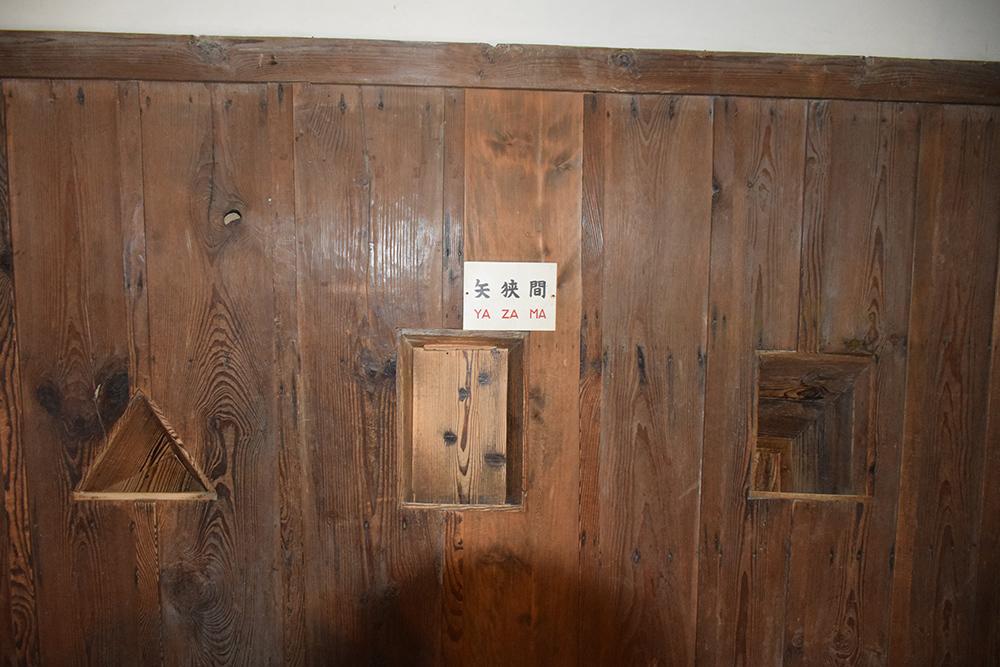 国宝・彦根城を歩く。 その4 <国宝天守>_e0158128_17185518.jpg