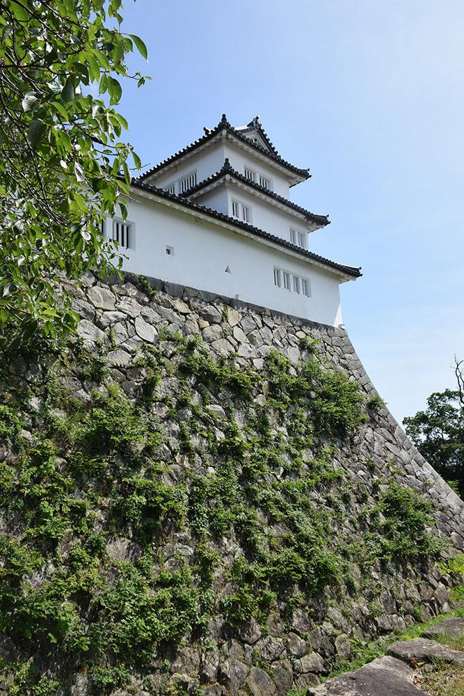 国宝・彦根城を歩く。 その5 <西の丸~出曲輪>_e0158128_18105022.jpg