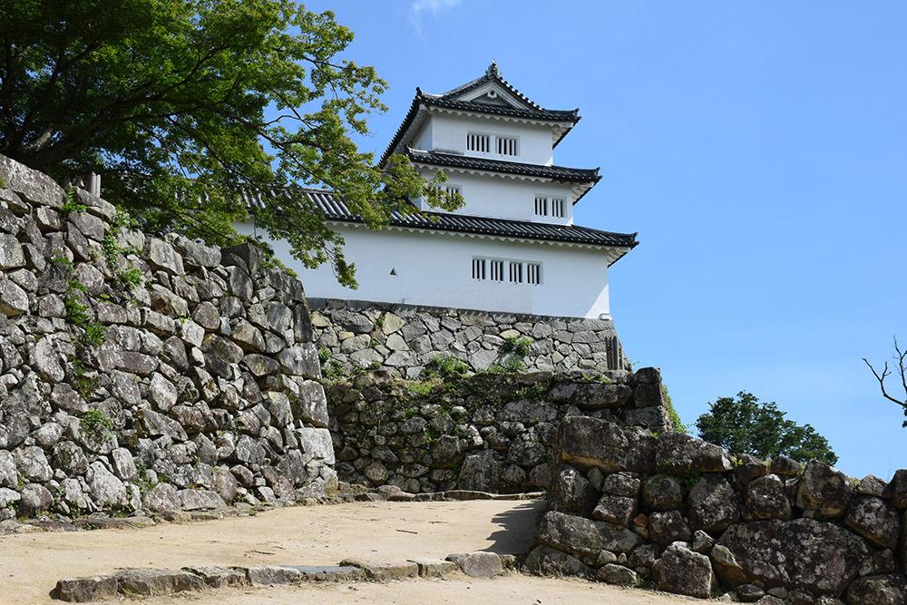 国宝・彦根城を歩く。 その5 <西の丸~出曲輪>_e0158128_18153872.jpg