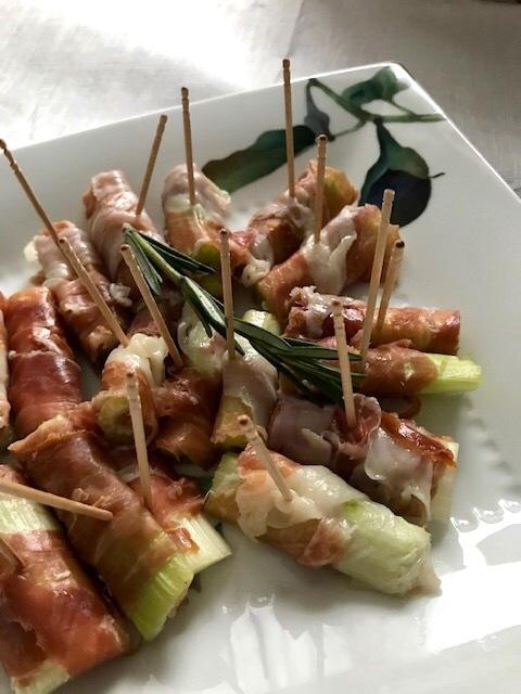 お家で夕食会もアメリカンなイタリアンで^^; _d0269832_23515953.jpeg