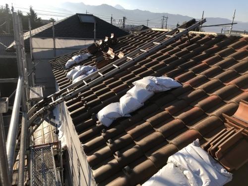 山梨市 ランダムブラウンの屋根  其の四_b0242734_19234841.jpeg
