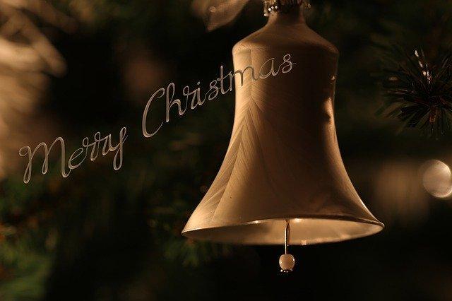 クリスマスツリーのないバー_e0034141_17342291.jpg