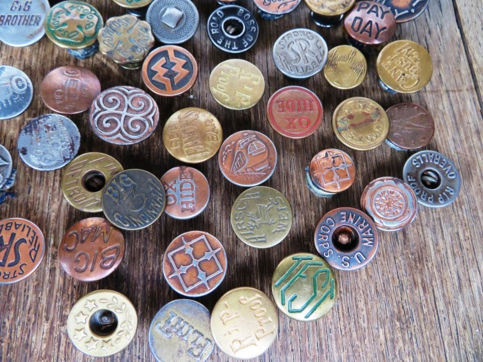 Vintage Work Brand Metal Buttons_e0187362_18114314.jpg