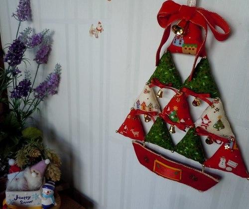 クリスマスの時期は作品展のように_b0102572_10205681.jpg