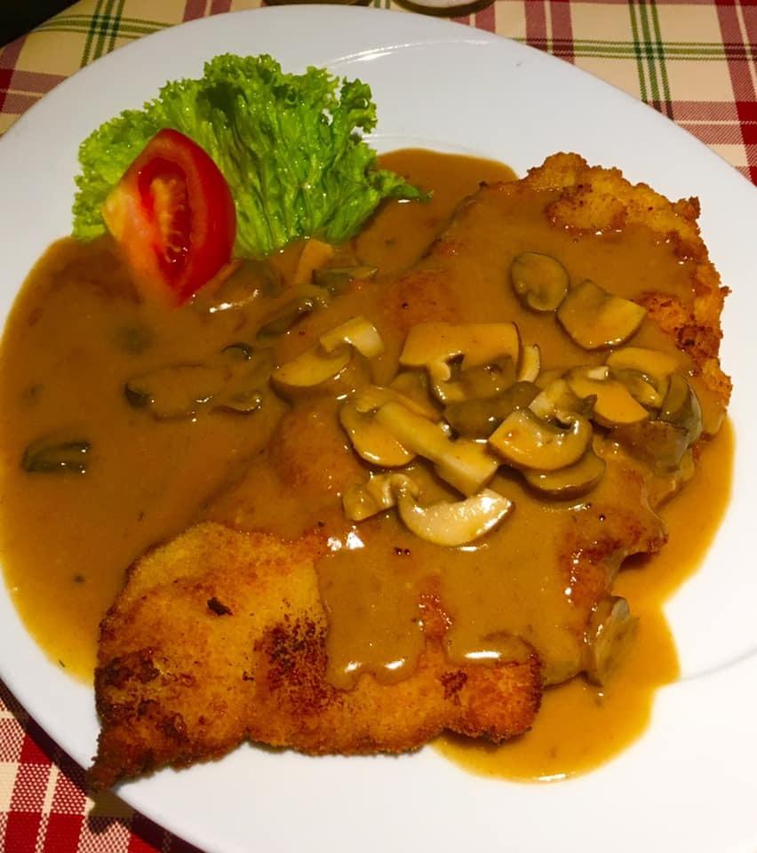 パリ・南ドイツ紀行2019 「RomerPilsBrunnen 絶品ドイツ料理を堪能しました」♪_a0138976_17442967.jpg