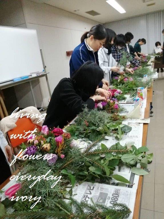 奈義町へ花教室‼︎_b0094378_20002307.jpeg