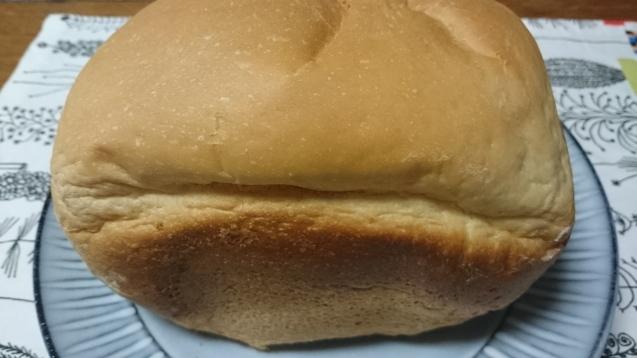 たまには パンを_c0325278_00075293.jpg