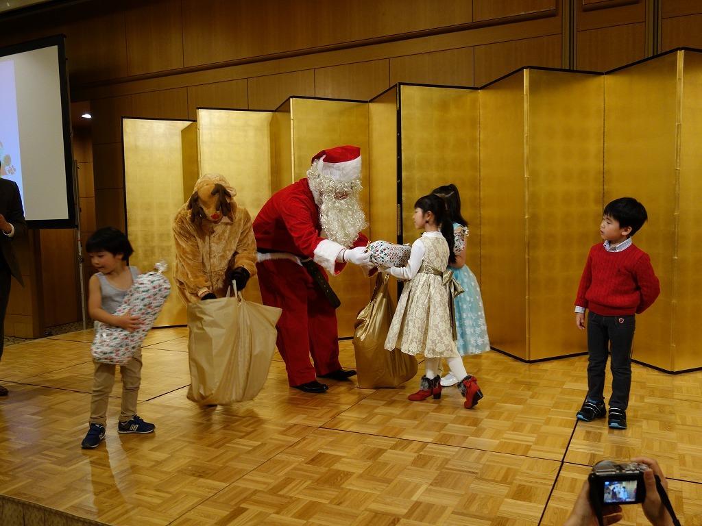 第21回 クリスマス親睦会を開催いたしました_e0190287_16234960.jpg