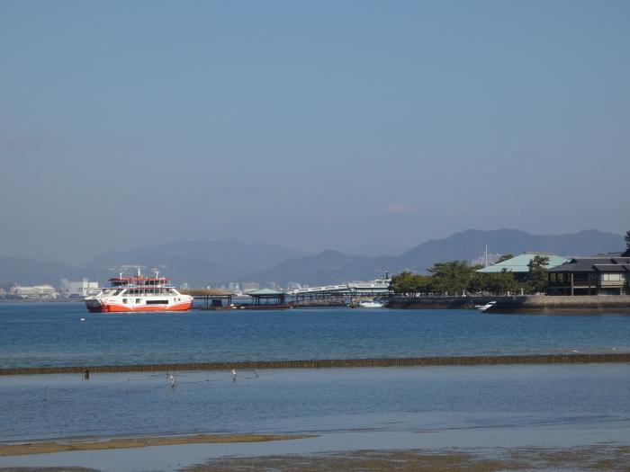 広島に帰省・・・宮島で一泊しました_b0104092_12285726.jpg