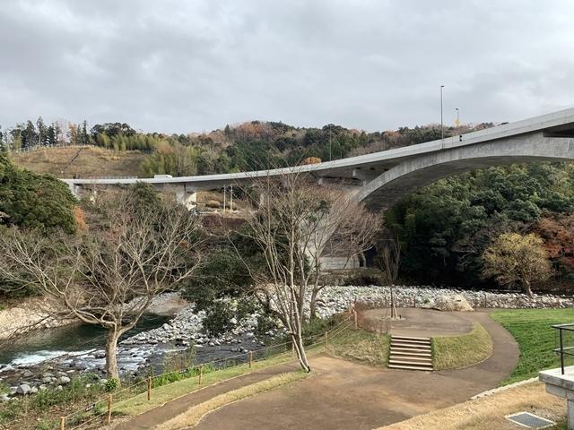 [伊豆市]道の駅月ヶ瀬_d0144092_17483073.jpg