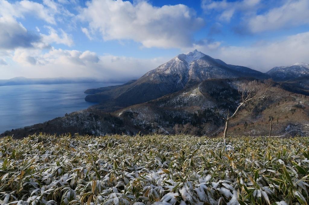 雪の少ないイチャンコッペ山、2019.12.20_f0138096_21594757.jpg
