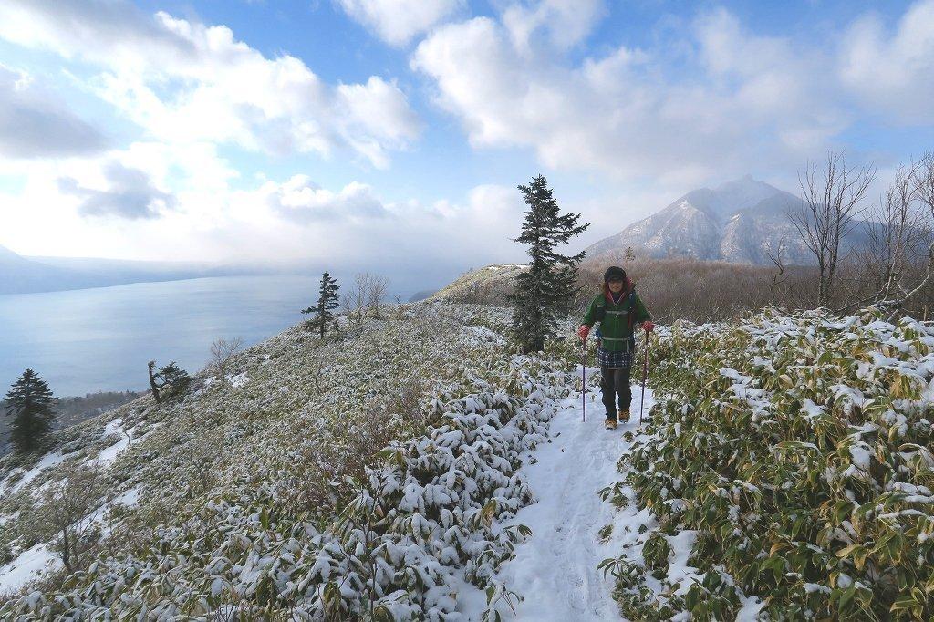 雪の少ないイチャンコッペ山、2019.12.20_f0138096_22000509.jpg