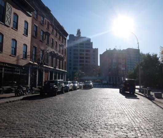 ブルックリン・ブリッジのたもと周辺の風景_b0007805_10470534.jpg