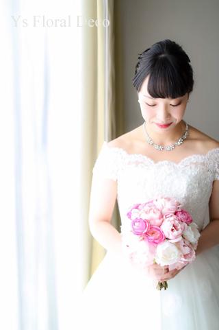 ハワイ挙式の新婦さんへ ピンク色のクラッチブーケ_b0113510_16572151.jpg