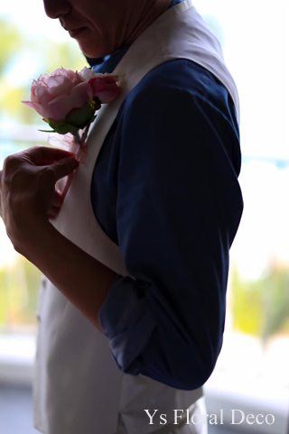 ハワイ挙式の新婦さんへ ピンク色のクラッチブーケ_b0113510_16581298.jpg