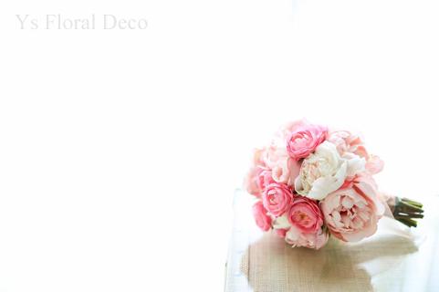 ハワイ挙式の新婦さんへ ピンク色のクラッチブーケ_b0113510_16582766.jpg