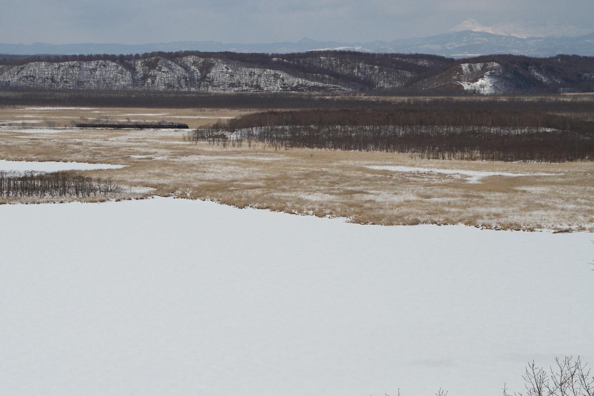 雌阿寒岳とシラルトロ湖と小さな汽車 - 2019年・釧網線 -_b0190710_18265167.jpg