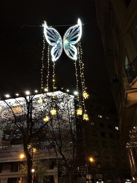 クリスマスイルミを見に 1_b0064411_01484184.jpg