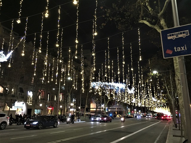クリスマスイルミを見に 1_b0064411_01542421.jpg