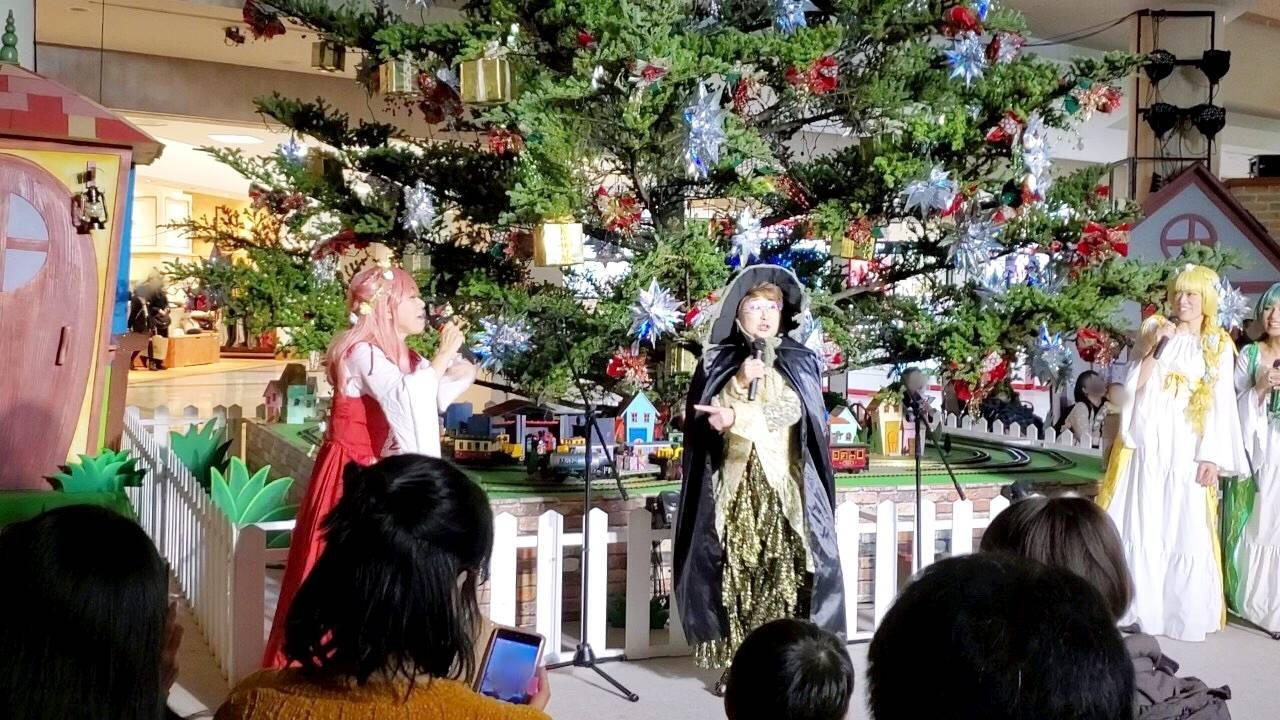 妖精が住むダイナの森_a0163623_01351907.jpg