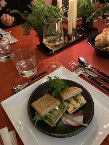 【今年最後のディナーのお招き】_d0170823_08050243.jpg