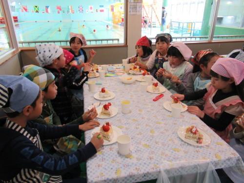 12月わんぱく教室『クリスマスケーキを作ろう!』_b0186230_17090796.jpg