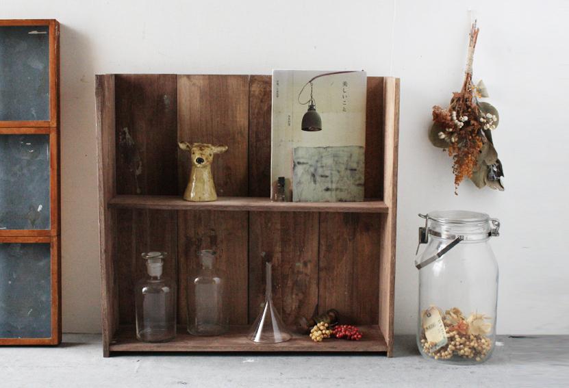 セリアの木板で「古道具風の木製ラック」を簡単DIY_d0351435_08441101.jpg