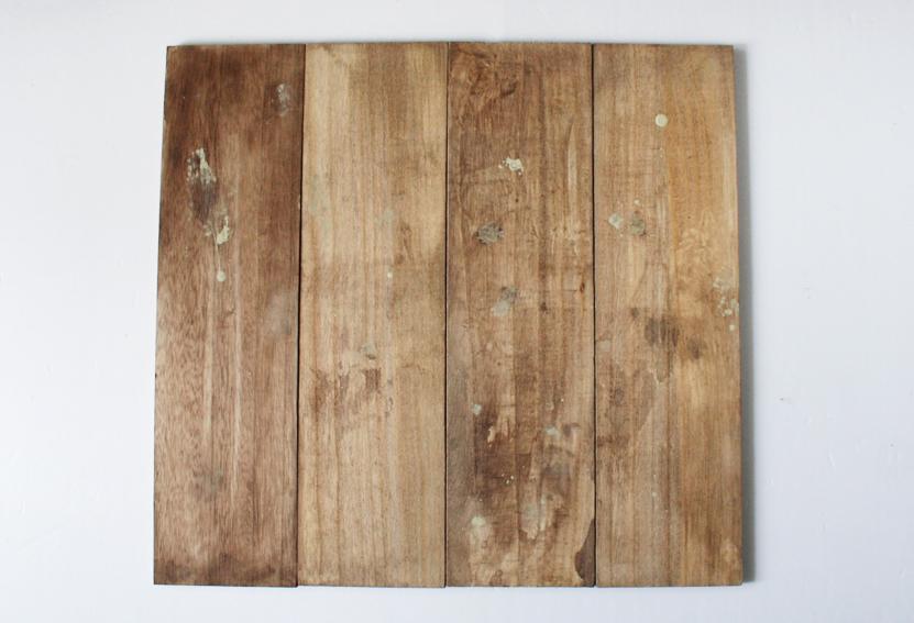 セリアの木板で「古道具風の木製ラック」を簡単DIY_d0351435_09564411.jpg