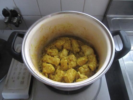 <イギリス料理・レシピ> チキン・コルマ【Chicken Korma】_e0038047_14280332.jpg