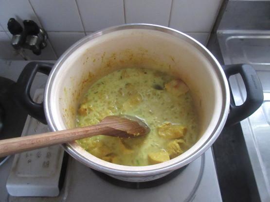 <イギリス料理・レシピ> チキン・コルマ【Chicken Korma】_e0038047_14285141.jpg
