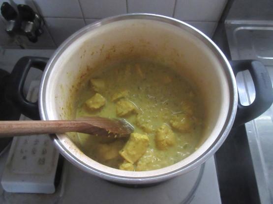 <イギリス料理・レシピ> チキン・コルマ【Chicken Korma】_e0038047_14293547.jpg