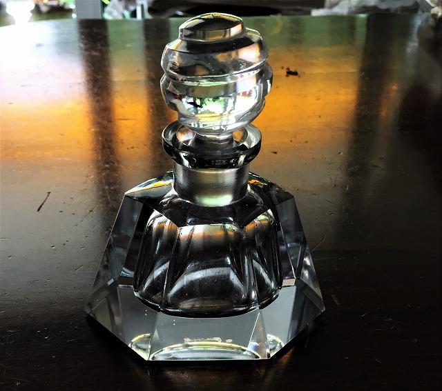 クリスタル六角瓶66_f0112550_02584943.jpg