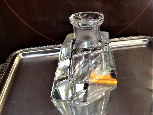クリスタル六角瓶66_f0112550_02585009.jpg