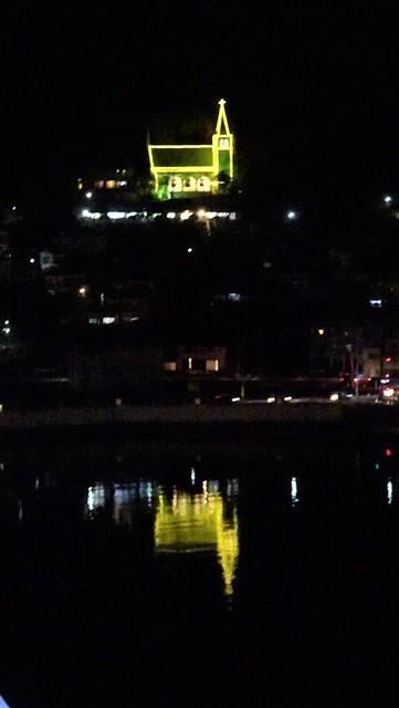 気仙沼は美しく魅力的な街に変わりました。美しい月明かりに気仙沼の街が浮かびます。・・・気仙沼プラザホテル・三陸の復興気仙沼は復興しました、夜景の綺麗な街_d0181492_22542462.jpg