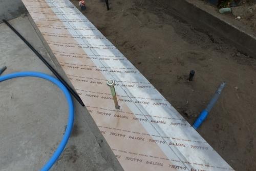 新潟市江南区 基礎工事 コンクリート シロアリ対策_c0091593_20352223.jpg
