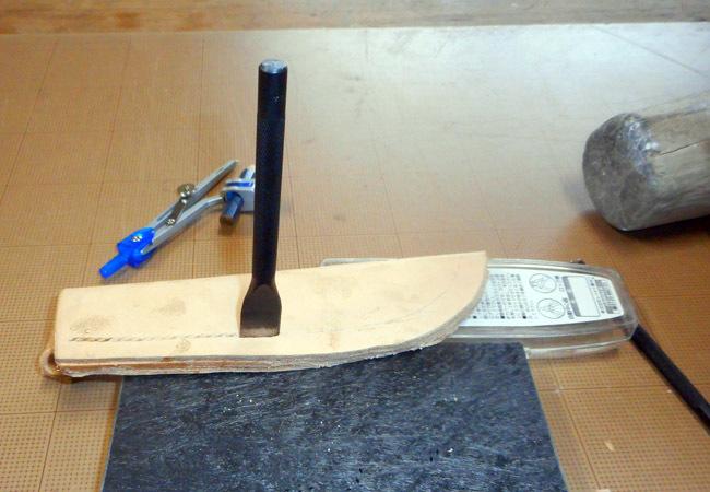 ナイフのシースを作る!_c0081499_19350971.jpg