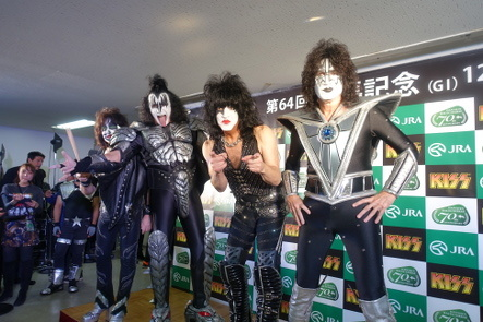 KISS『END OF THE ROAD WORLD TOUR』@最後の日本公演_b0118001_11030630.jpg