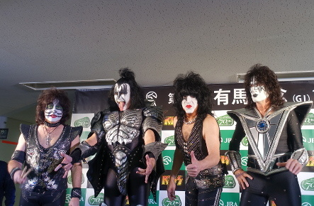 KISS『END OF THE ROAD WORLD TOUR』@最後の日本公演_b0118001_11040296.jpg