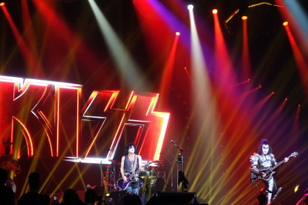 KISS『END OF THE ROAD WORLD TOUR』@最後の日本公演_b0118001_11101223.jpg