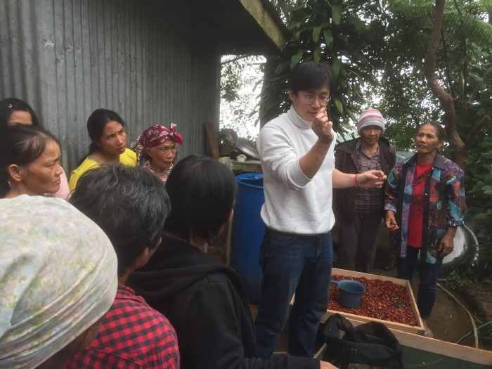 マナラボとの世界の人びとのためのJICA基金事業「小規模農家によるコーヒー生産のための加工・運営指導プロジェクト」_b0128901_21473076.jpg