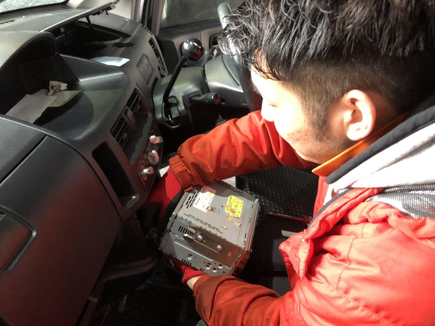 12月22日(日)TOMMYBASEブログ☆S様エブリィワゴン納車✨✨レクサス専門♬スバル車多数🎶限定車♬希少車🎶レガシィ♬フォレスター☆自社ローン_b0127002_16405306.jpg